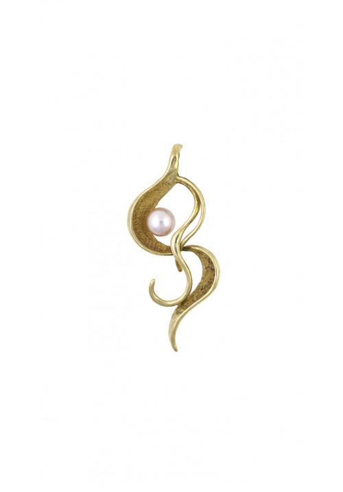 Ciondolo in argento dorato con perla