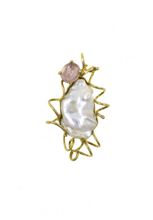 Ciondolo in argento dorato con perla barocca
