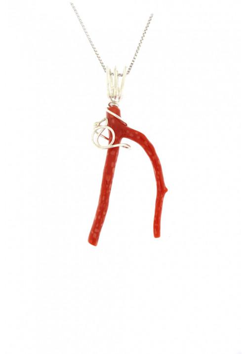 Collana con ciondolo ramo di corallo naturale montato a mano in argento - cocn31