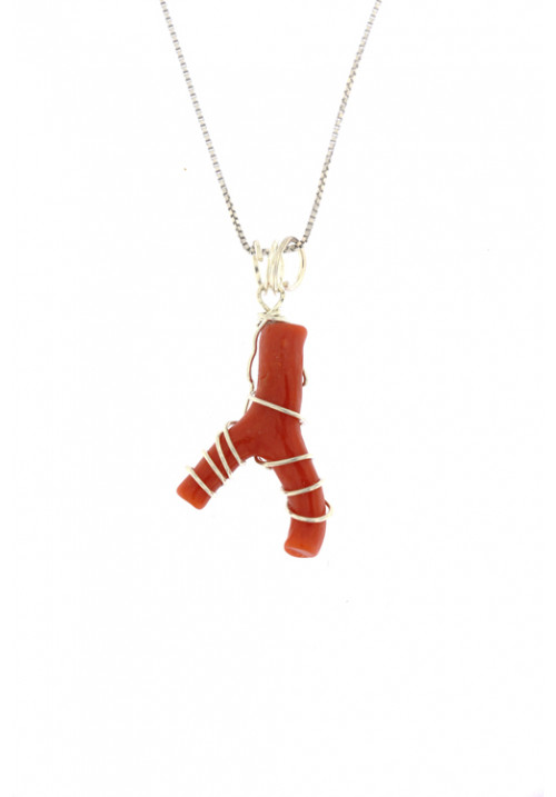 Collana con ciondolo ramo di corallo naturale montato a mano in argento - cocn33