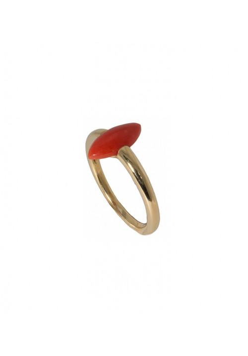 Anello in oro 18kt e corallo rosso mediterraneo