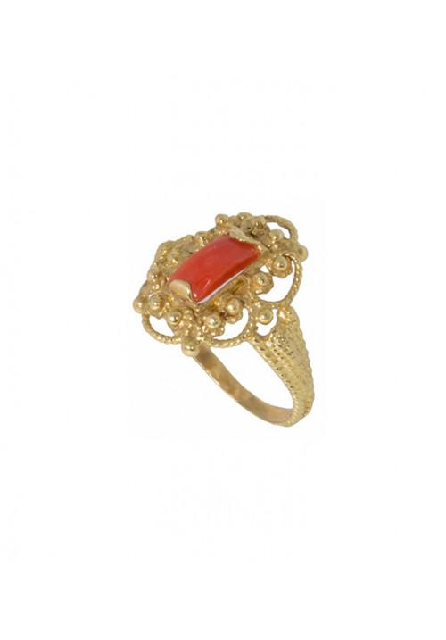 Anello in oro 18kt con corallo rosso mediterraneo